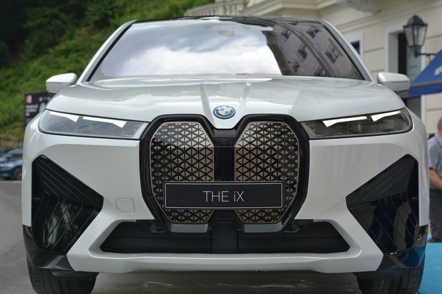 BMW chce být nejvzdálenější. Funkci OTA dostane ještě letos 2,5 milionu aut