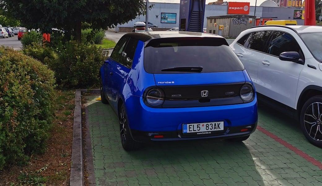 Reálný dojezd městského elektromobilu Honda e v kombinovaném režimu