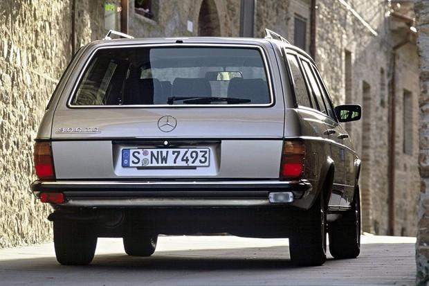 Mercedes: pro kombíky už v nových časech možná nebude místo