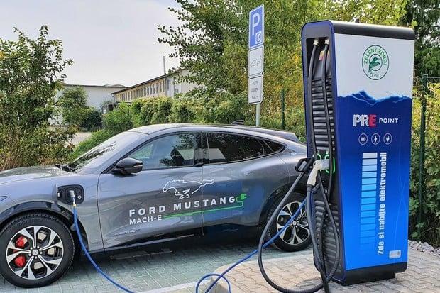 Síť PREpoint má už 25 nabíjecích stanic u čerpacích stanic EuroOil