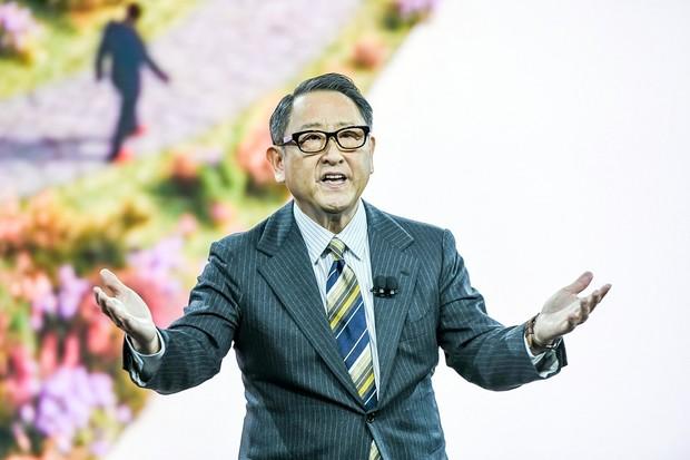 Toyoda: unáhlený posun k elektromobilitě může stát Japonce miliony pracovních míst