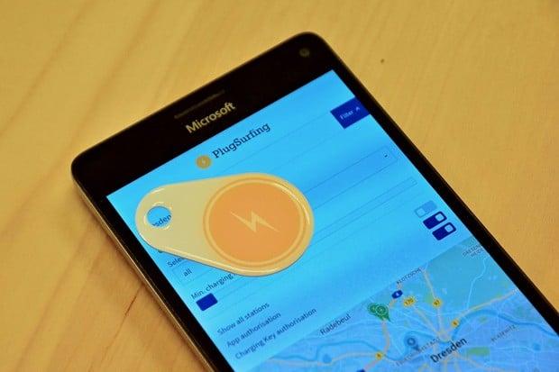 S PlugSurfingem můžete nabíjet už na 150 tisících nabíjecích stanic