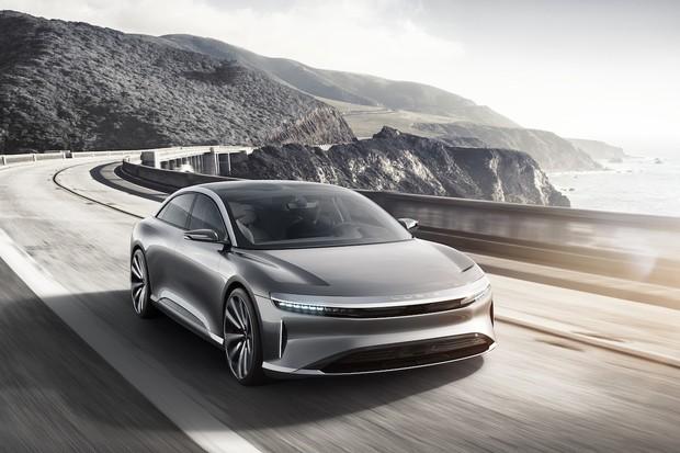 Lucid Motors chystá výrobu sedanu Air. Produkční verzi představí v New Yorku