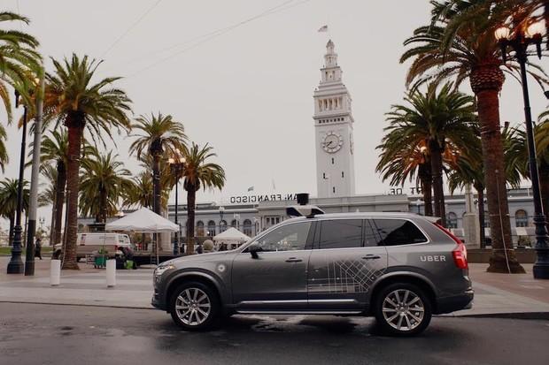 Ve Volvu nejspíš létají špunty vzduchem. Uber nakoupí 24 tisíc kusů modelu XC90