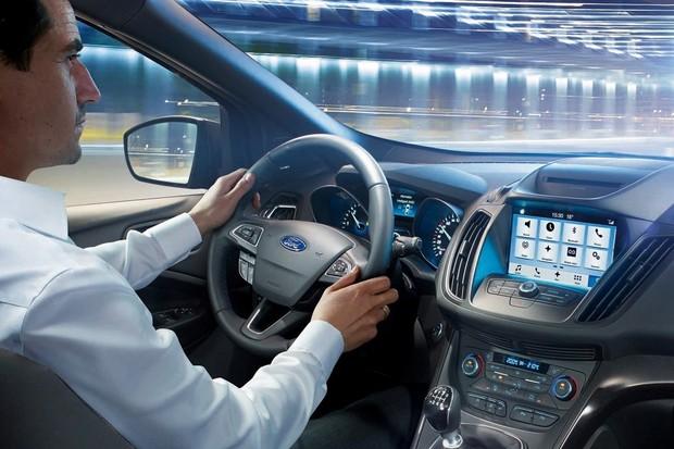 Ford musí odstranit vůni nového auta. Čínští zákazníci ji nemohou vystát