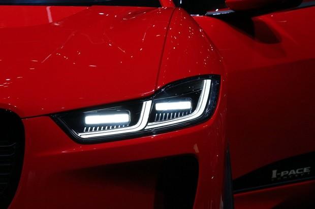 Podívejte se na náš videotest Jaguaru I-PACE. Opravdu je to Tesla killer?