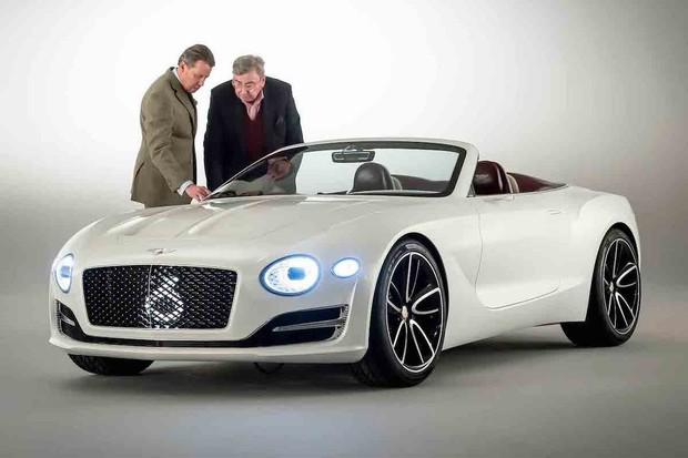 Bentley EXP12 Speed 6e vypadá extrémně přitažlivě i při opouštění autosalonu