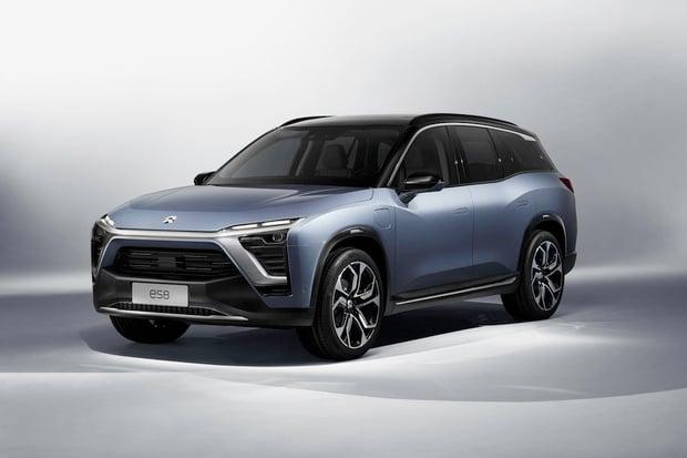 NIO ukázalo sedmimístné SUV s vyměnitelnou baterií