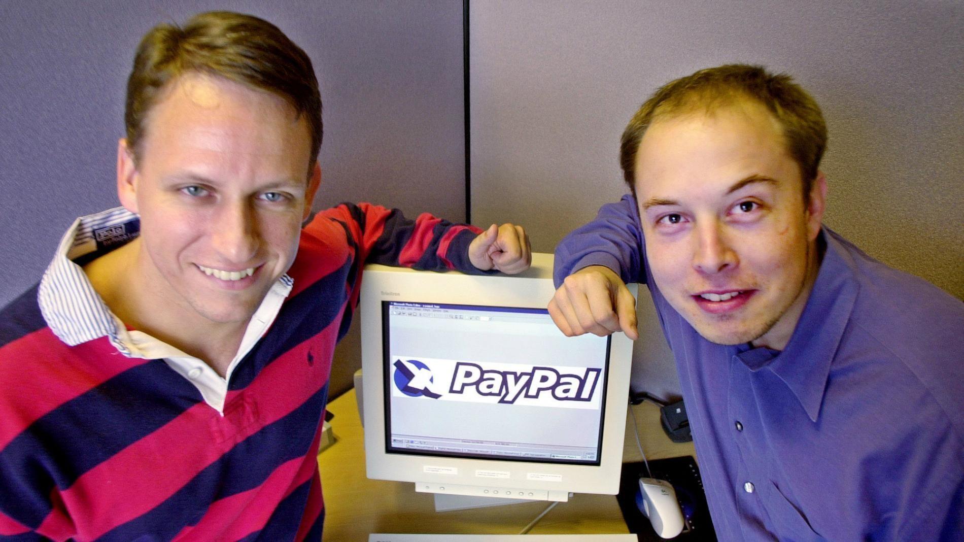 Jeden ze zakladatelů PayPalu Elon Musk (vpravo)
