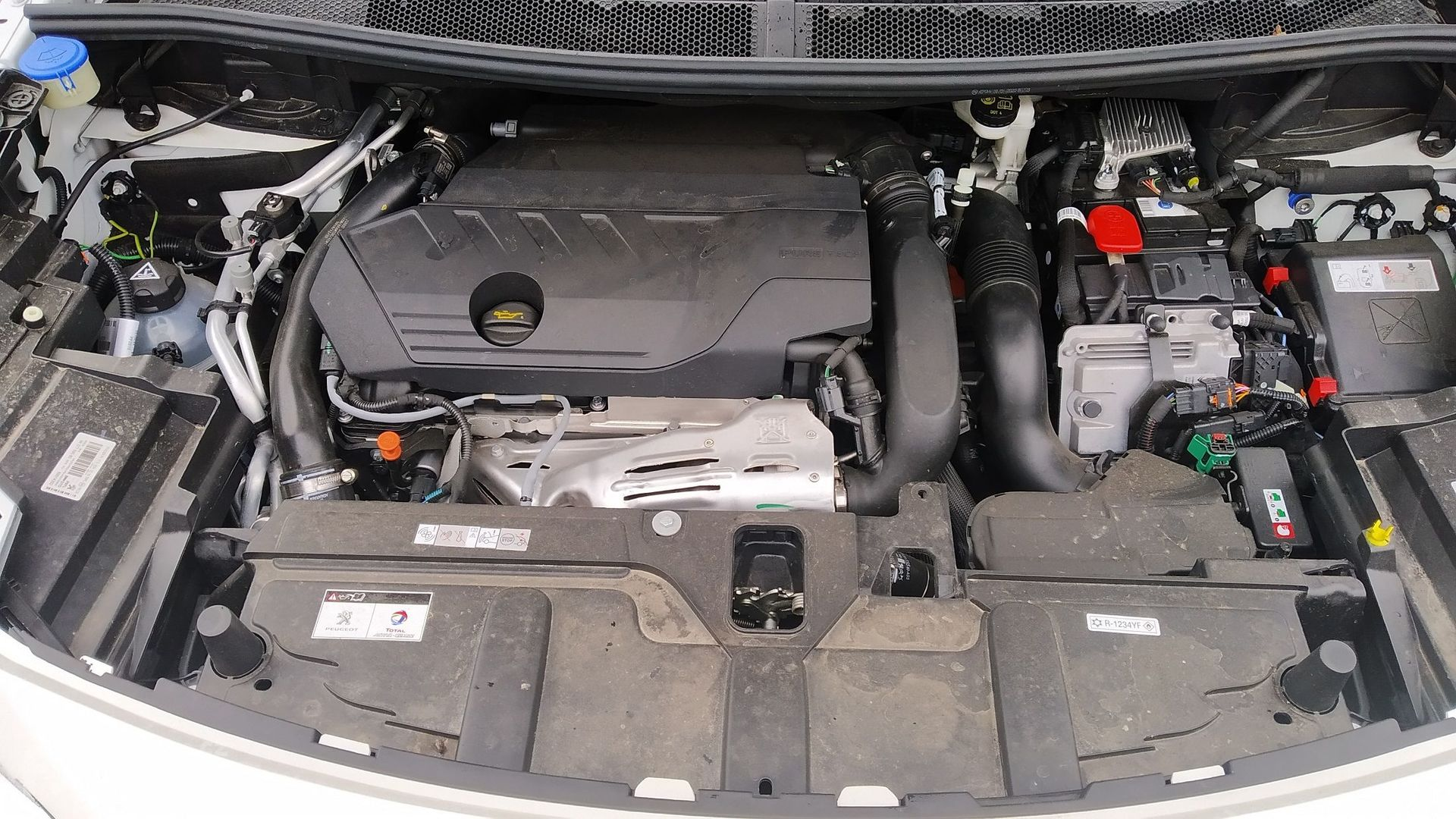 Peugeot 3008 Hybrid 225