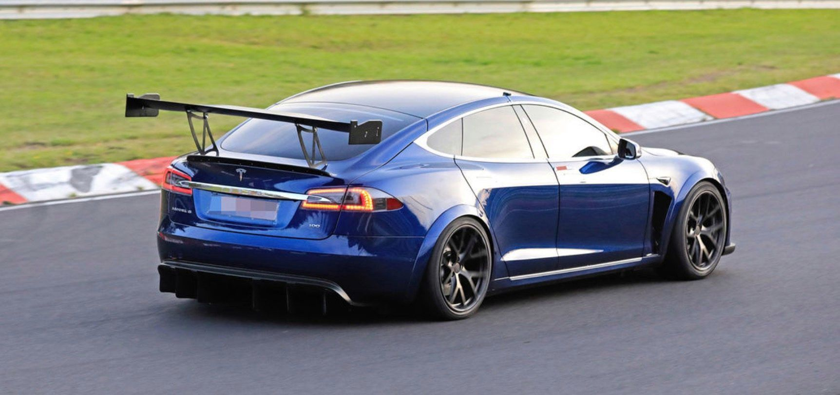 Prototyp Tesly Model S
