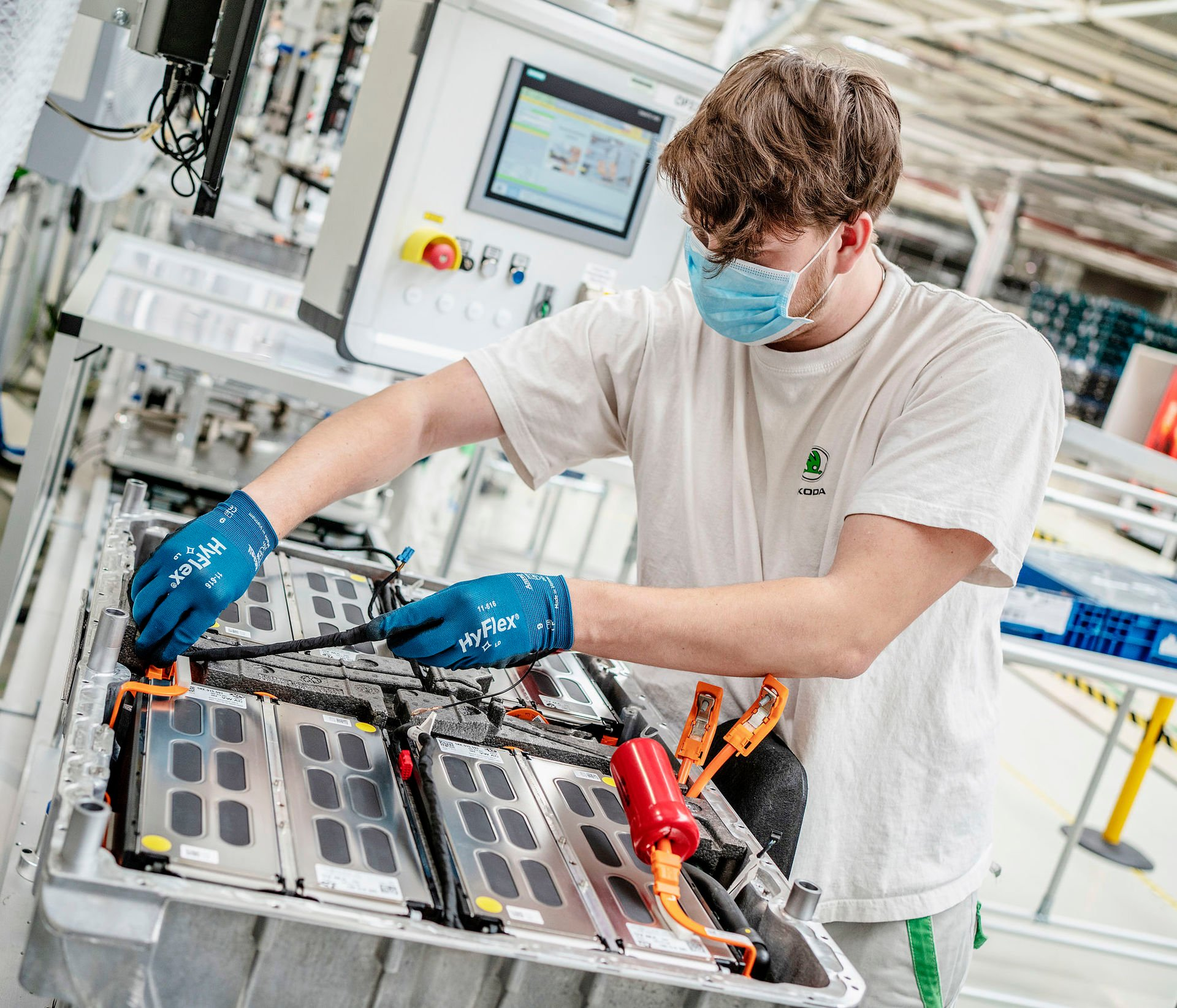 Škoda Auto - výroba baterií