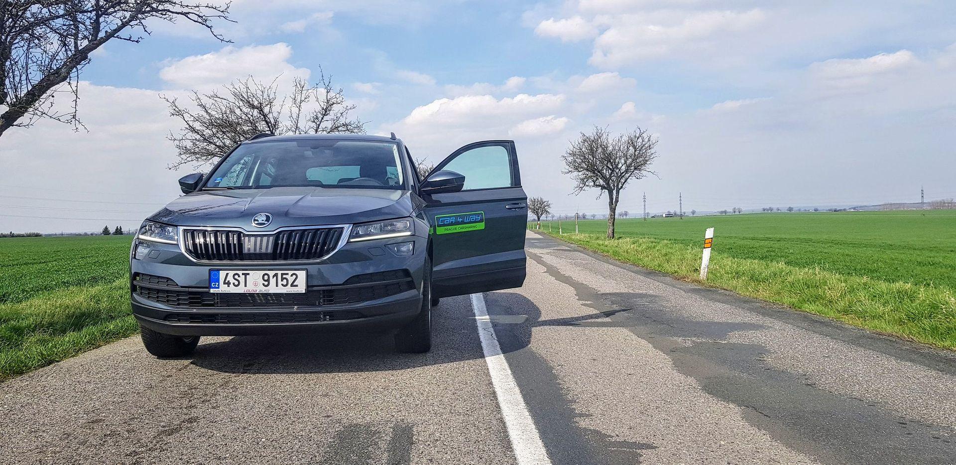 Škoda Karoq (2017)