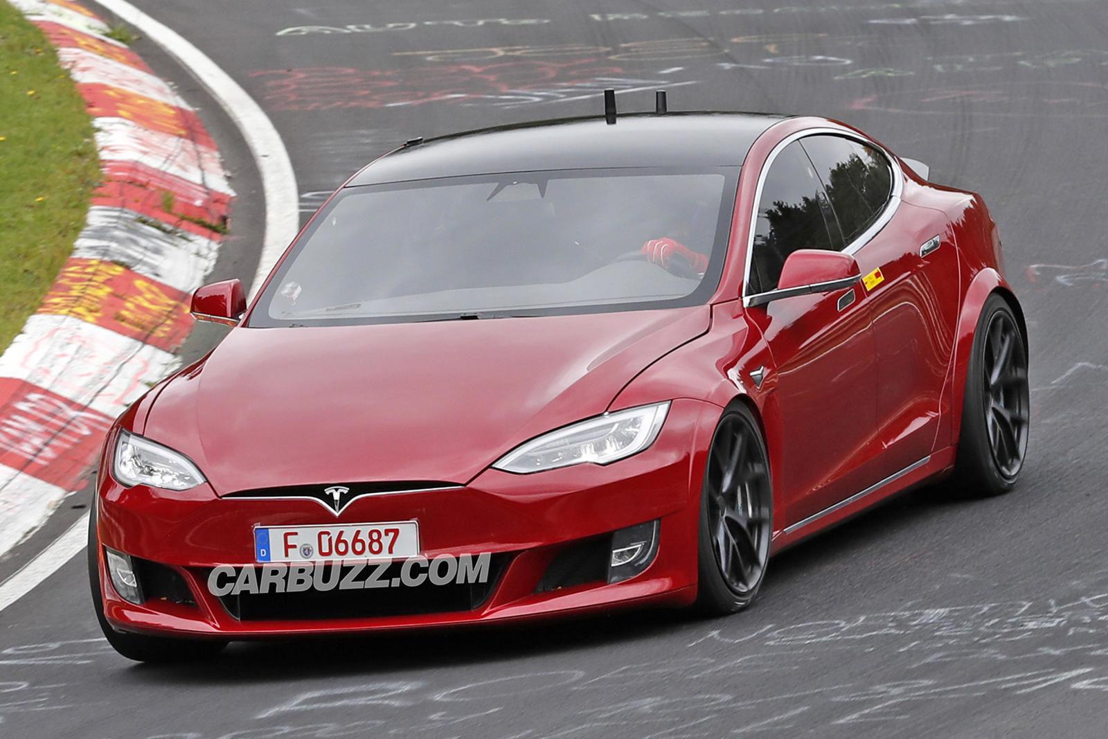Tesla Model S prototyp