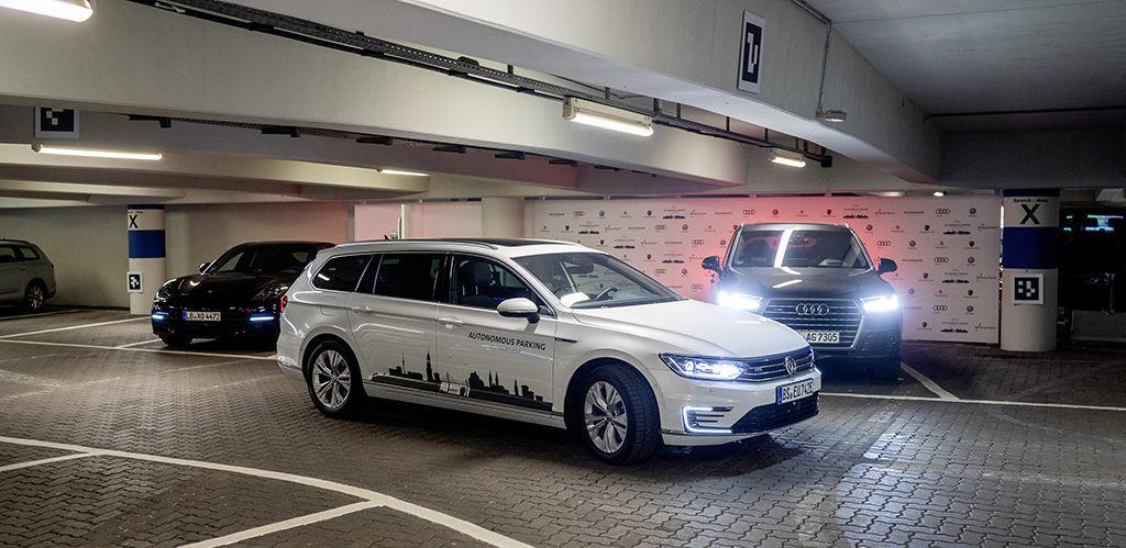 Volkswagen autonomní parkování