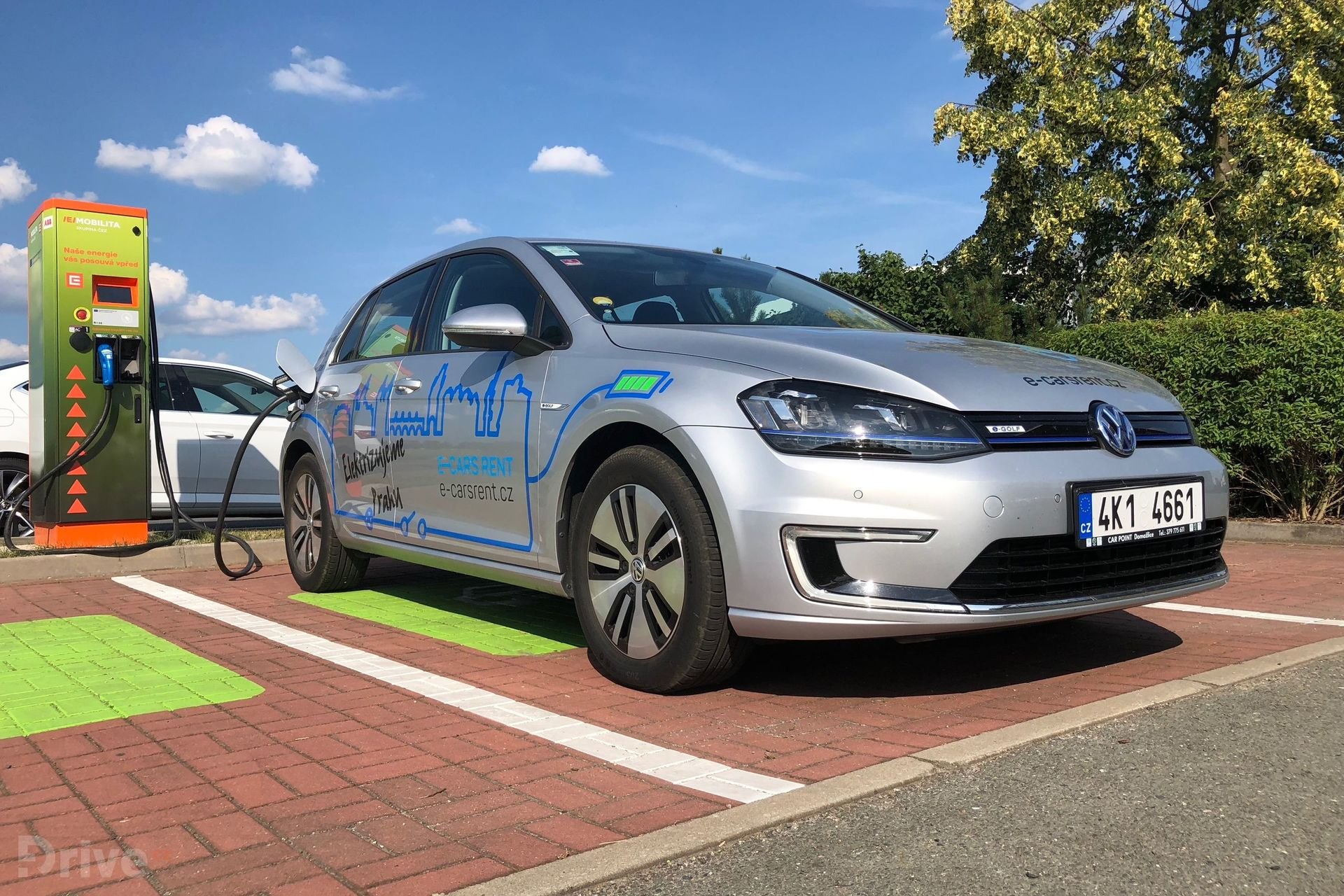 Volkswagen e-Golf (2015)