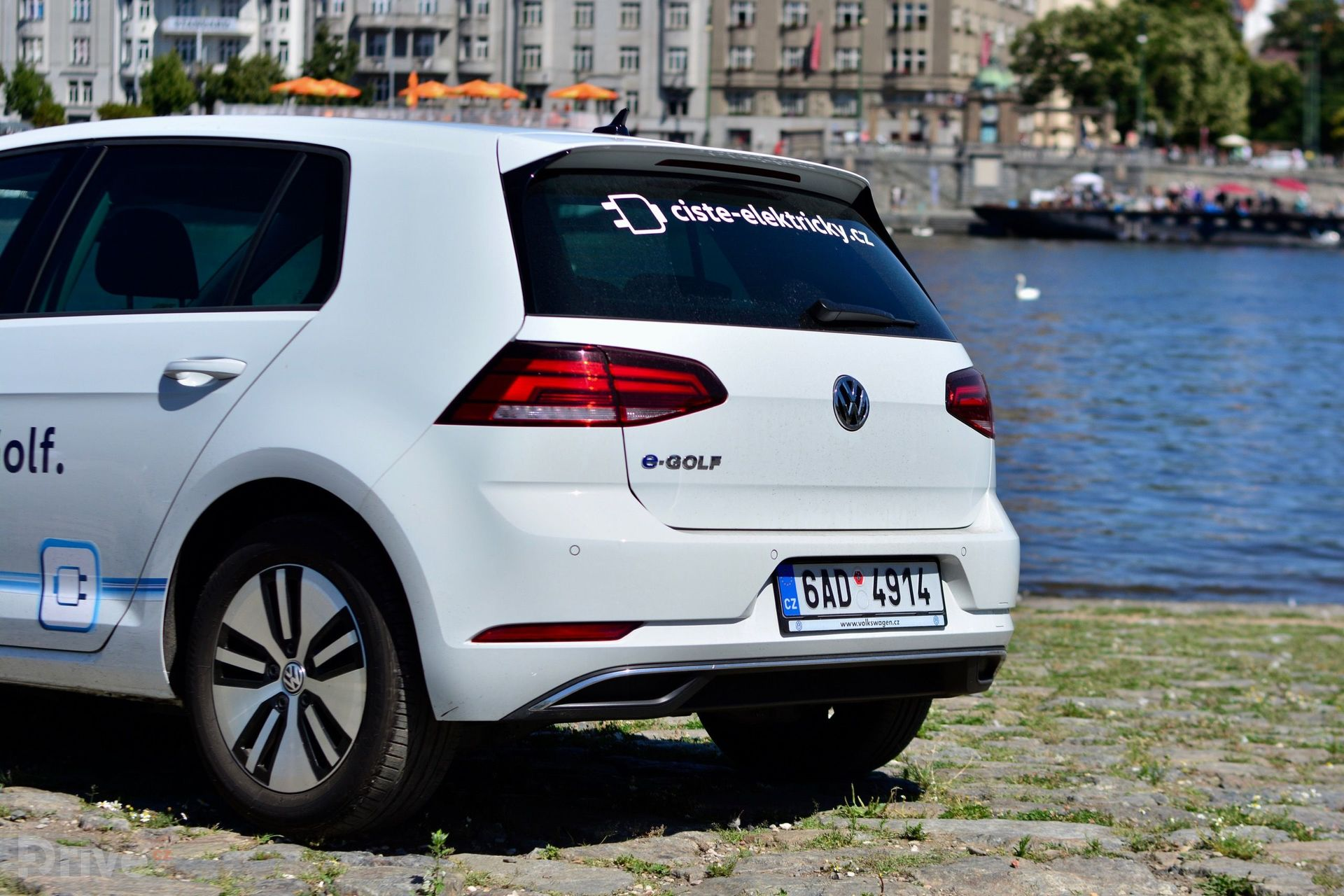 Volkswagen e-Golf (2017)