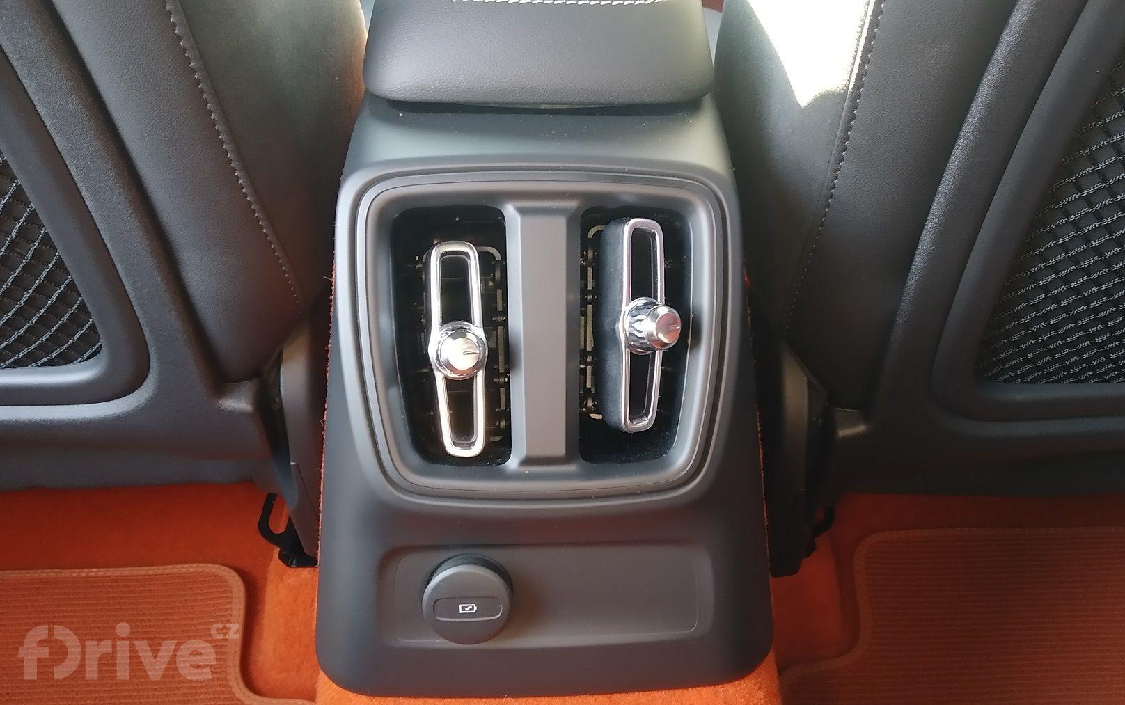 Volvo XC40 T4 Recharge