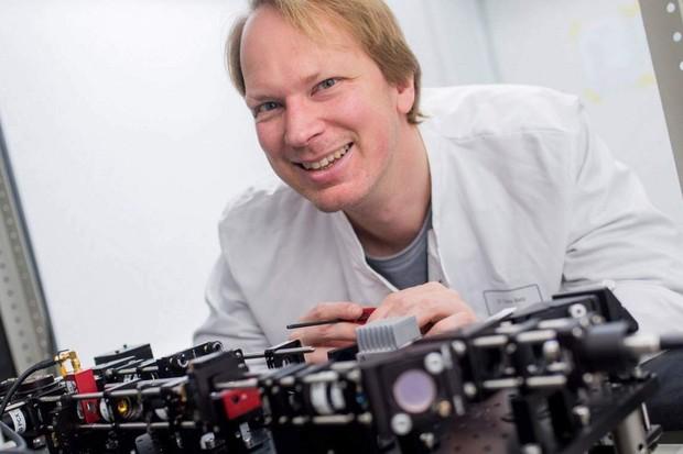 Němečtí vědci vyrobili mikroskop z Lega a starých telefonů