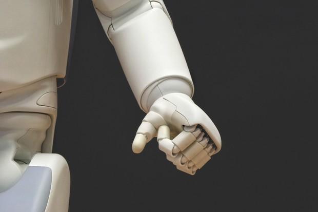 Robot z MIT umí pomoct s oblékáním