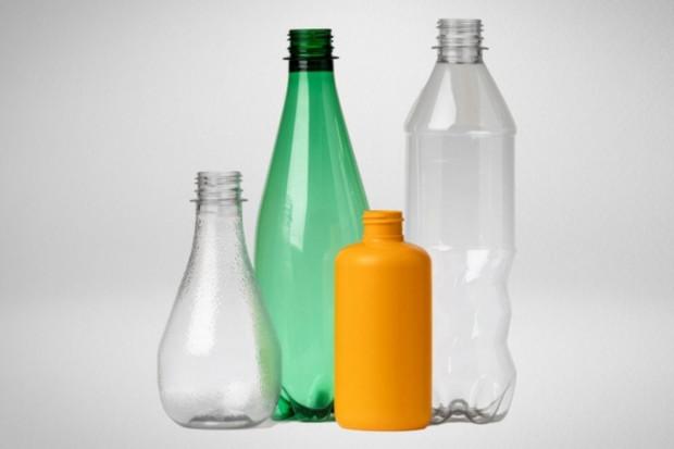 Plastové lahve, které se dají recyklovat donekonečna? Má je L'Oréal i Nestlé