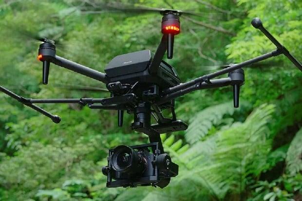 Sony ukázalo působivé testy dronu ve větrném tunelu