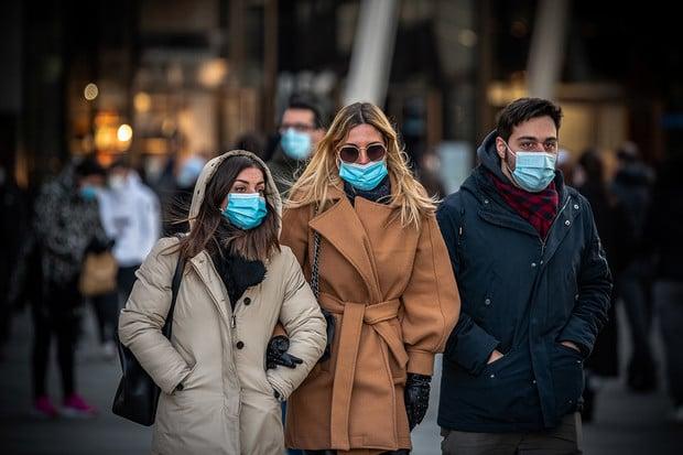 Znečištěné ovzduší může zhoršit průběh nemoci COVID-19