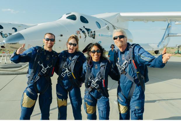 FAA vyšetřuje první let k hranici vesmíru. Virgin Galactic má problém