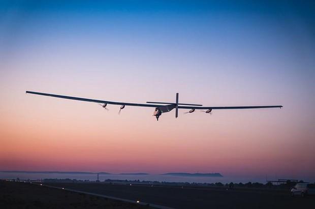 Americké námořnictvo vyvíjí bezpilotní letoun na solární pohon