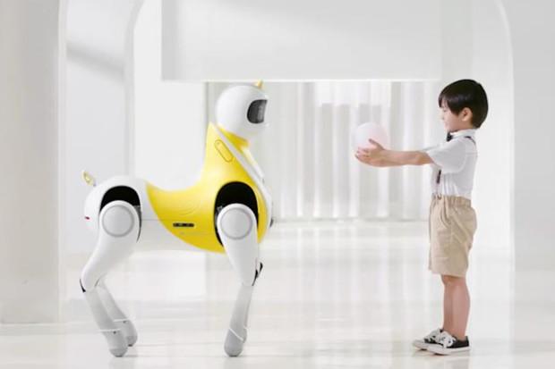 Čínský startup představil robotického jednorožce pro děti