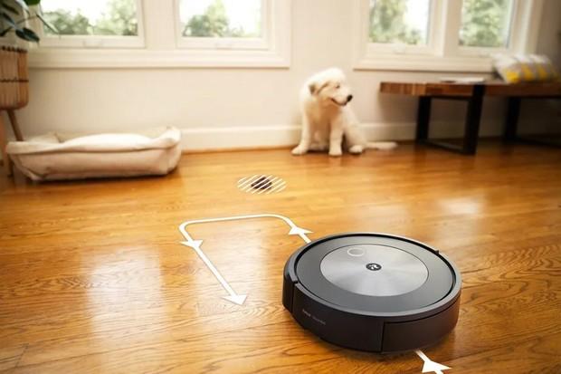 Nejnovější Roomba používá umělou inteligenci, aby se vyhnula psím exkrementům