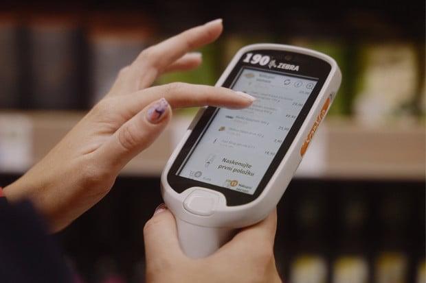 Bezkontaktní nakupování se stalo trendem. V Globusu tak nakupuje polovina zákazníků