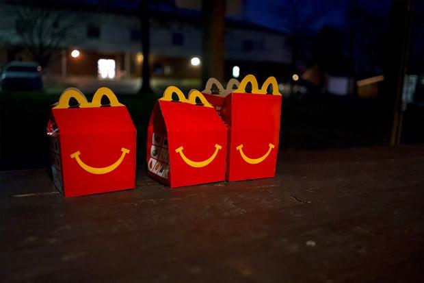 McDonald's chce do roku 2025 začít vyrábět hračky z udržitelných materiálů