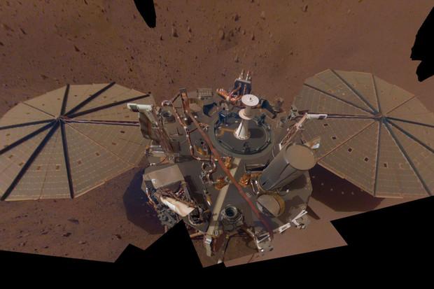 Sonda InSight detekovala tři marsotřesení