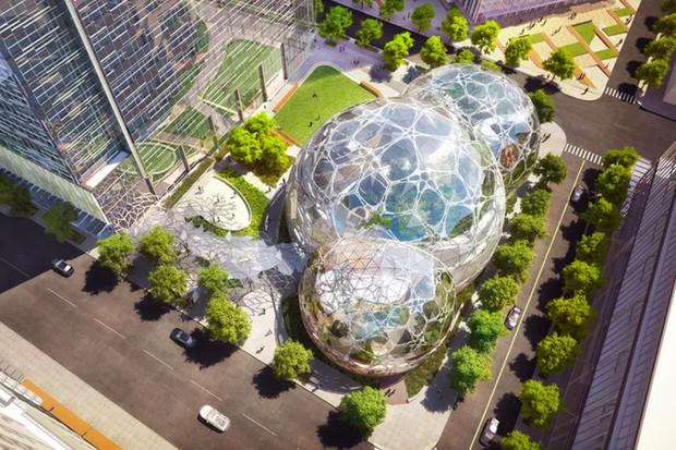 Amazon otevřel v Seattlu kopule s deštným lesem pro své zaměstnance