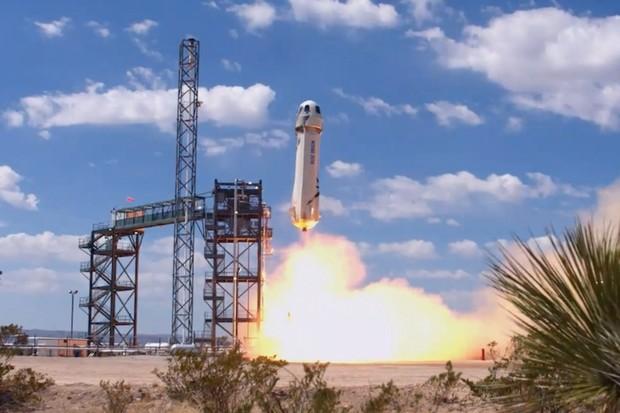Komerční lety do vesmíru se blíží! Blue Origin má za sebou další úspěšný let