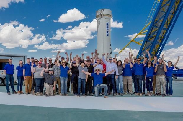 Raketa New Shepard pracuje bezchybně. Blue Origin prý vyšle lidi do vesmíru už letos
