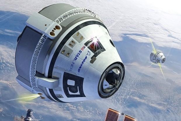 Boeing a SpaceX opět odkládají první lety svých vesmírných lodí