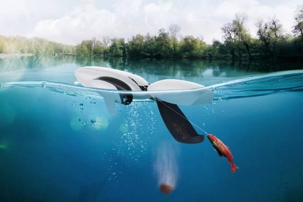 PowerDolphin je vodní dron pro surfaře i rybáře