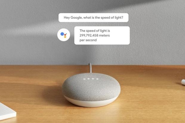 Google Asistent na vzestupu. Nejprodávanějším chytrým reproduktorem je Home Mini