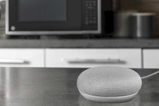 Přes Google Asistenta můžete ovládat i mikrovlnky od GE