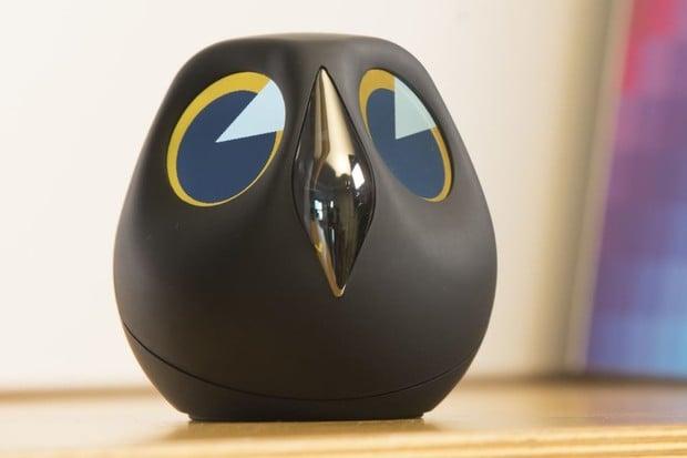 Ulo je elektronická sova, která vám pohlídá byt a bude vás bavit
