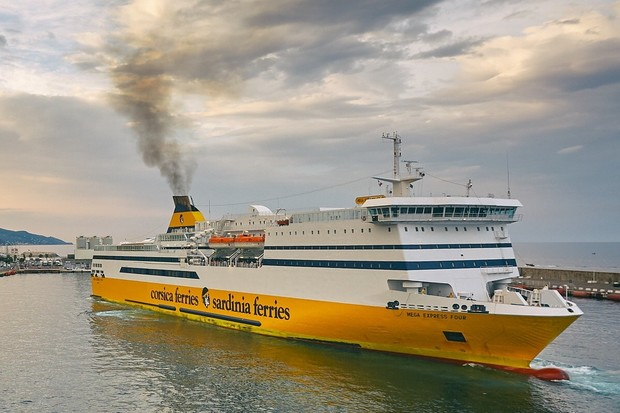 Luxusní výletní lodě produkují více škodlivin než všechna evropská auta