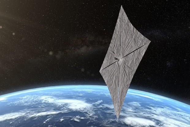 LightSail 2 úspěšně rozvinula plachtu a pluje po oběžné dráze