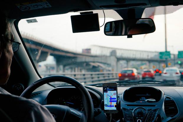 Uberu se povedl kiks roku. Zákazníkům strhával 100krát více, než měli zaplatit
