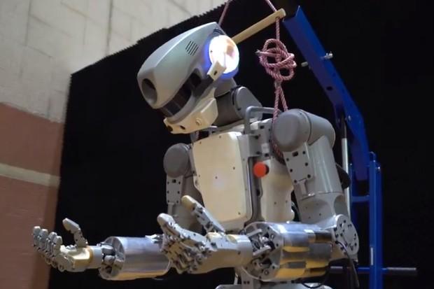 Na Mezinárodní vesmírnou stanici přiletěl android Fjodor