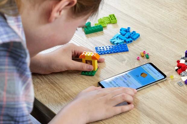 LEGO můžou stavět i nevidomí – a od teď bez problémů