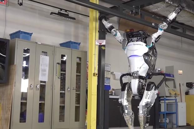 Další profese ohrožená roboty? Gymnasté