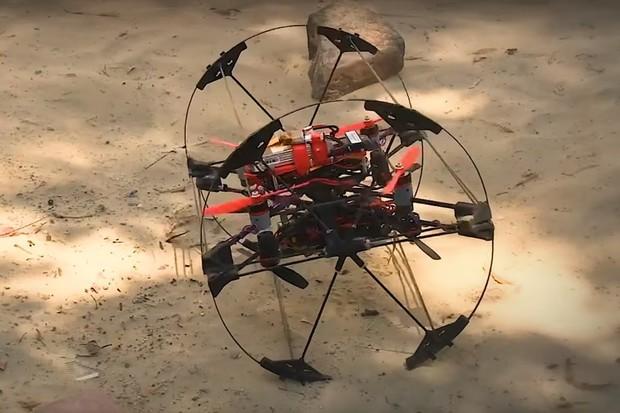 Měsíce Saturnu budou prozkoumávat roboti, kteří umějí měnit tvar