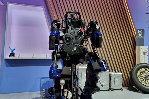 Letecká společnost Delta Air Lines odhalila robotický exoskelet z budoucnosti